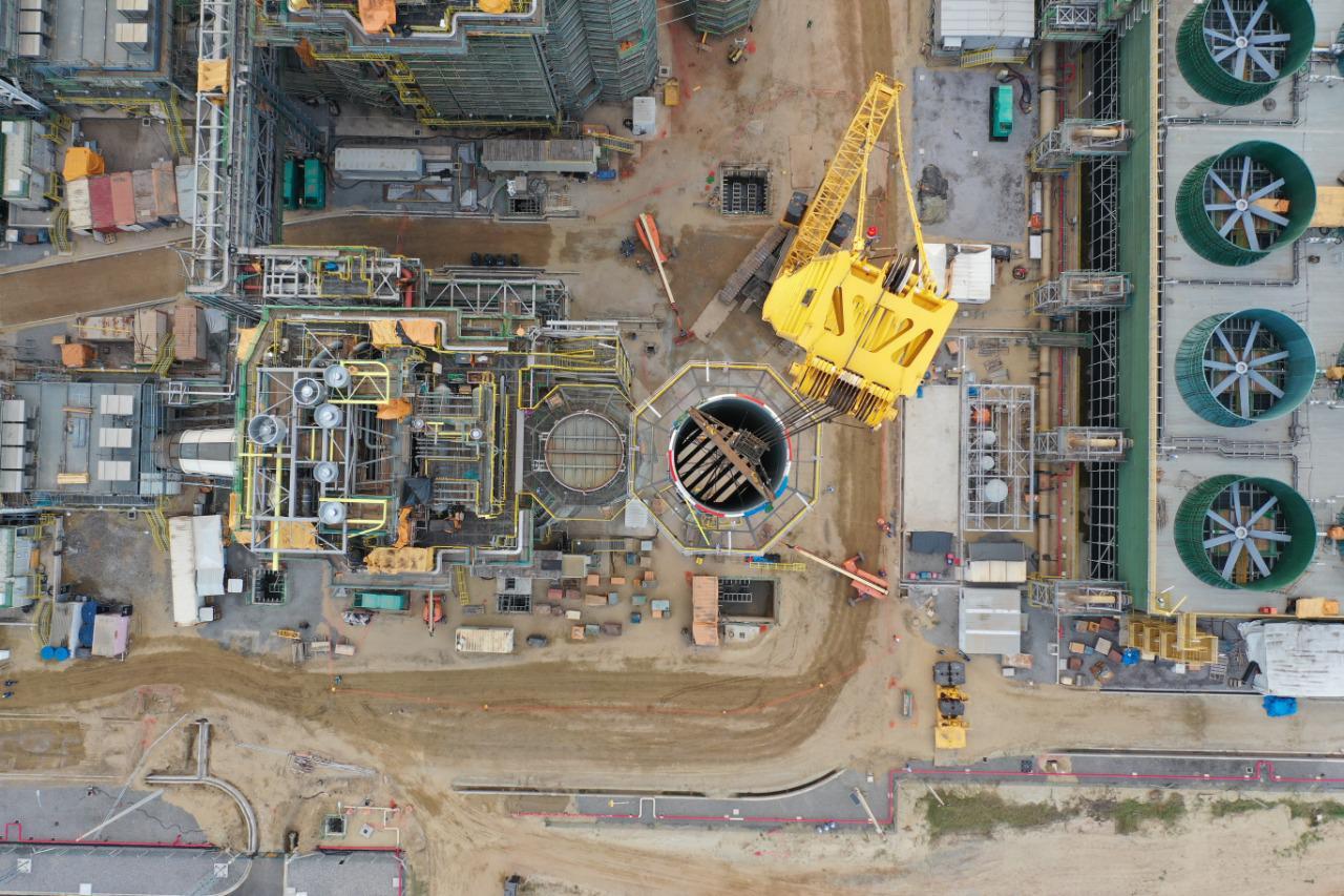 Empresa china ingresa a proyecto de GNL en Brasil