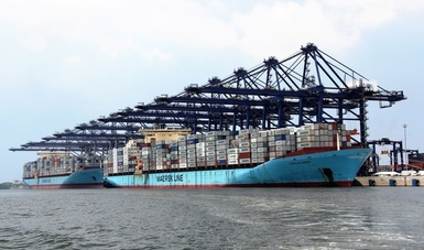 Has Mexico given up awarding port concessions?