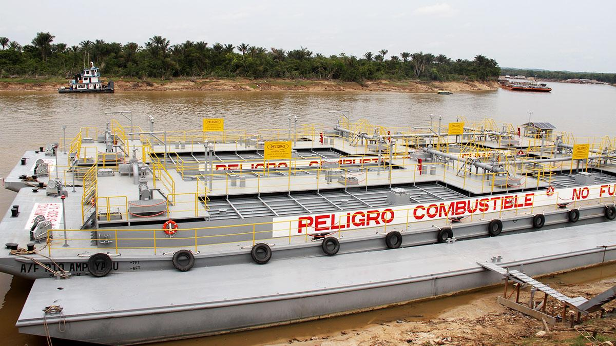 "New barge ""Río Saramuro"" will transport fuels through the Amazon"