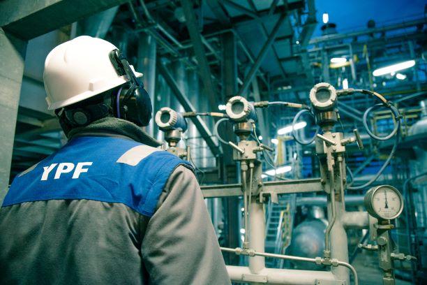 YPF realiza nueva emisión de deuda en mercado local
