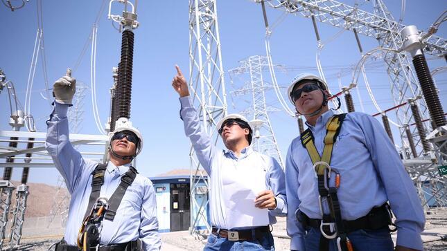 Panorama eléctrico de Perú: demanda futura, emisión de bonos, convocatorias de transmisión