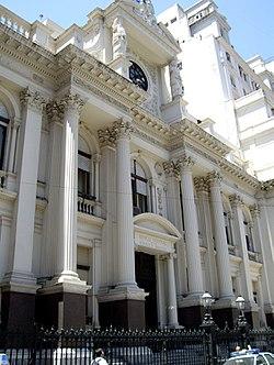 Empresas argentinas al límite de la cesación de pagos