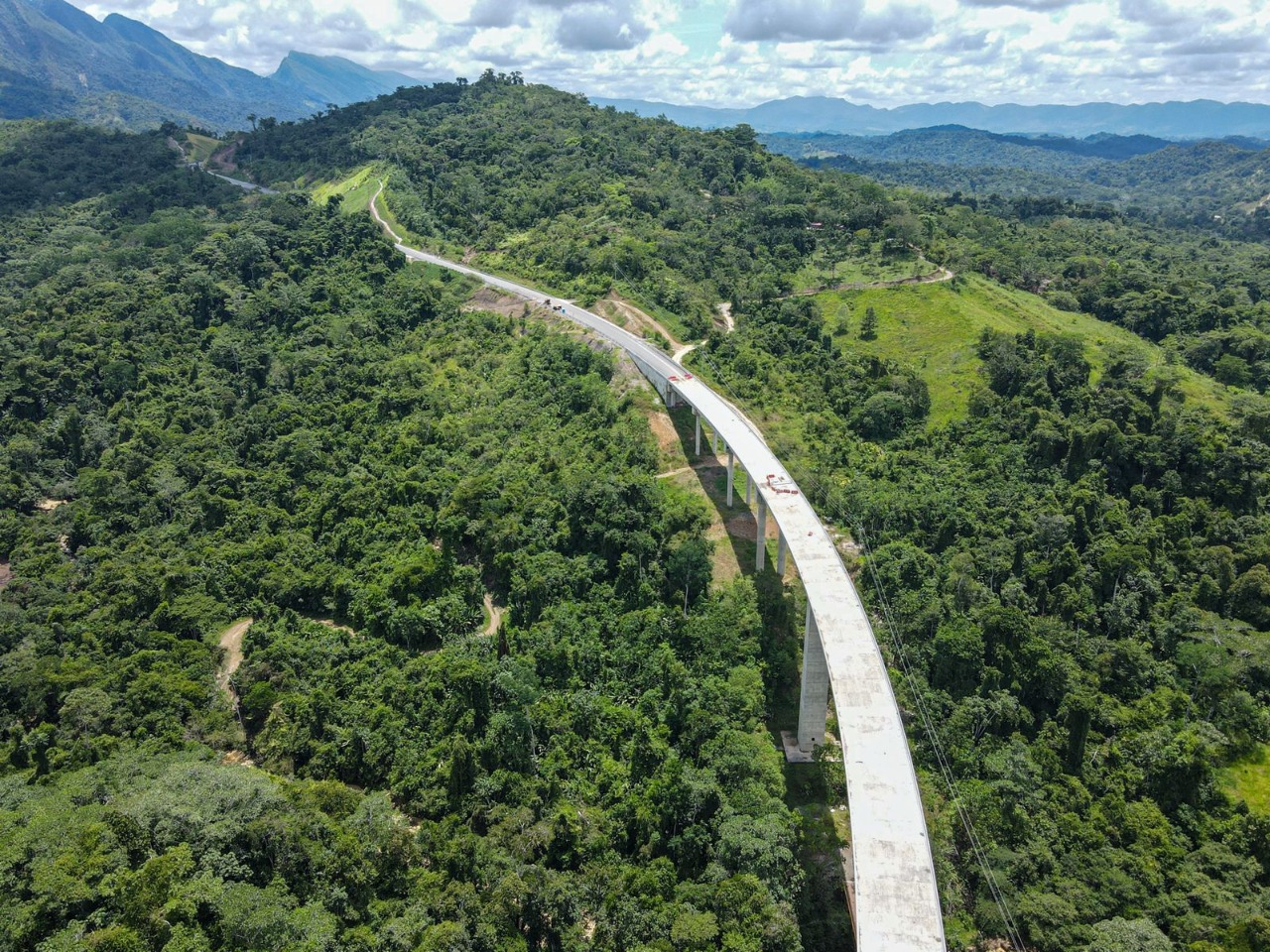 Construction of US$680mn highway corridor in Colombia to finish next year