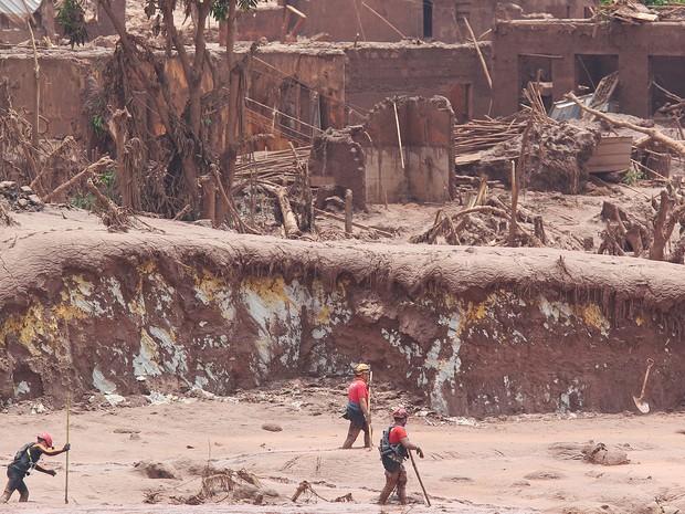 Seguro de Samarco es inferior a primeras multas por desastre