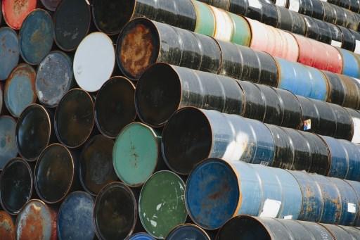 Producción petrolera de Colombia reporta caída moderada