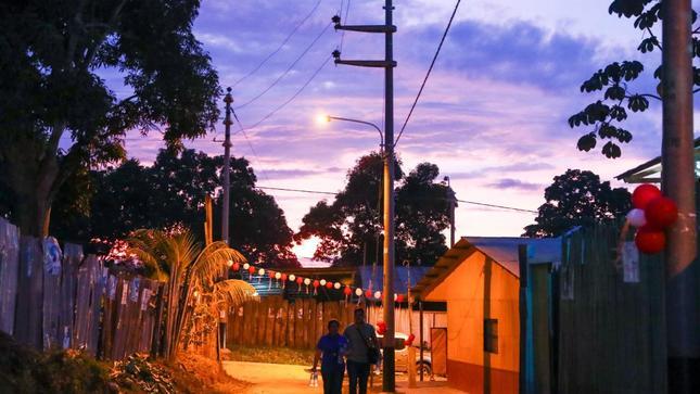 Perú aprueba nuevo reglamento de la Ley General de Electrificación Rural
