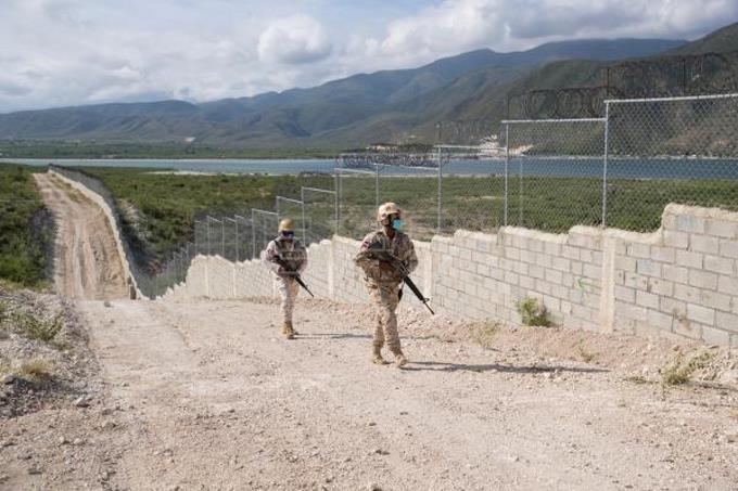 República Dominicana iniciará construcción de muro fronterizo en octubre