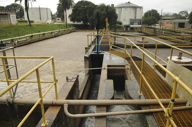Brasilia ampliará servicios de saneamiento y agua