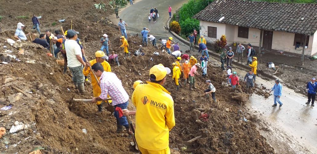 17 killed, roads blocked as landslide hits Colombian town