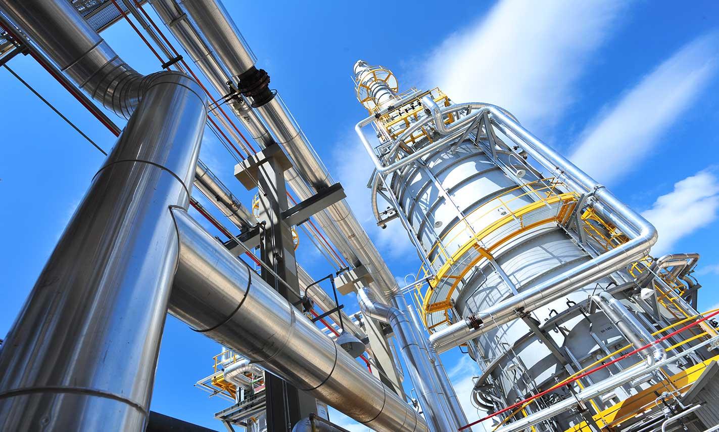 Bolivia baraja importar crudo al aumentar consumo de combustible