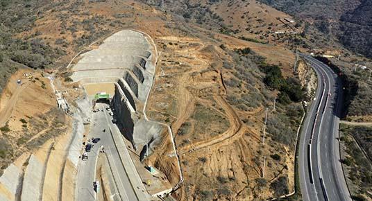 Chile inaugura nuevo Túnel El Melón