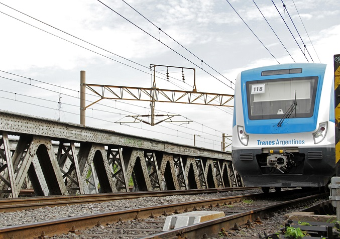 Argentina to tender operating contracts for 2 rail lines