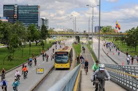 Bogotá lanza licitaciones por ciclovías y aceras