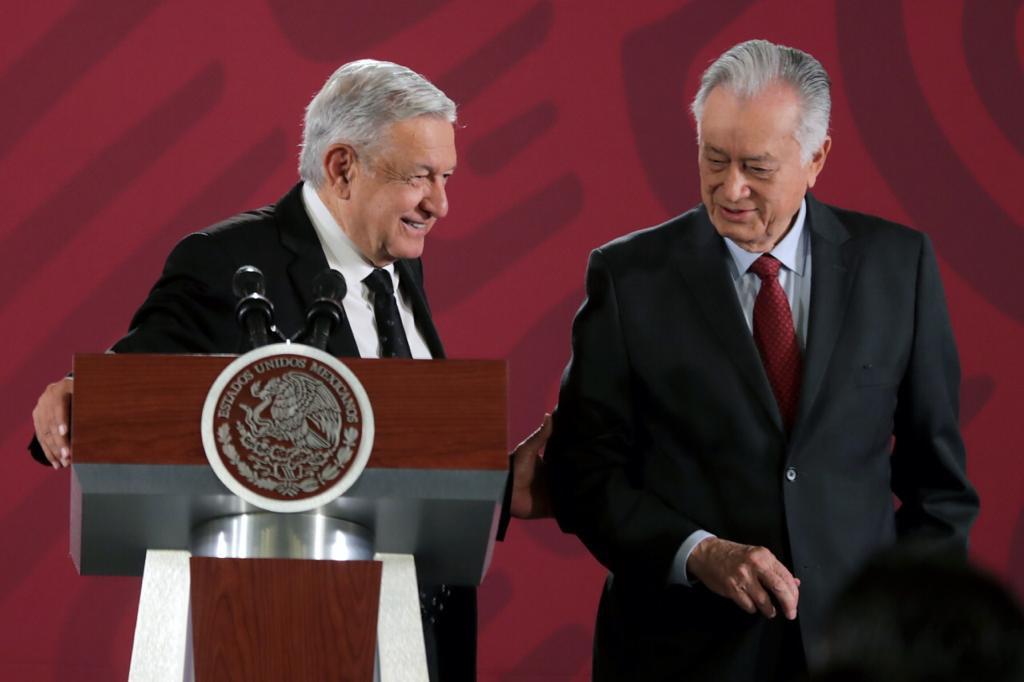 Opposition senators call for resignation of Mexico's energy leadership