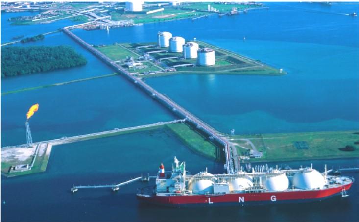 Ofensiva de exportación de gas estadounidense genera preocupación