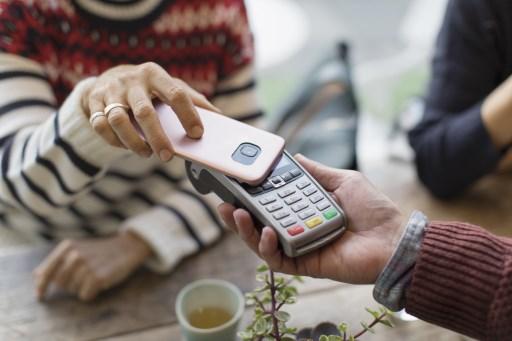 Venezuela anuncia billetera digital para pagar bonos estatales