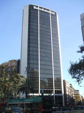 Sabadell México lanzará servicios de banca personal este año