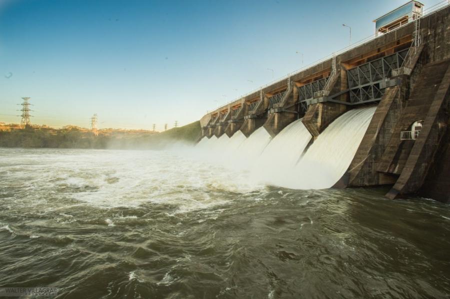 Paraguay autoriza casi US$200mn para proyectos eléctricos