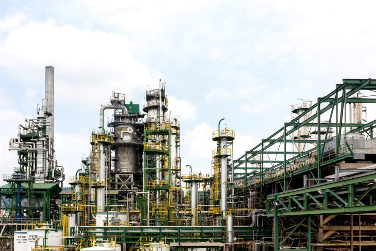 Ecuador's Esmeraldas refinery attracts interest of 4 large companies