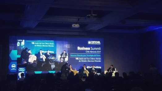 Cooperación público-privada es vital para la cadena de valor del litio en Chile