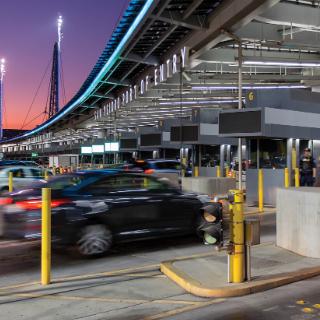 Cruces fronterizos México-EE.UU.: construcción de puentes, no muros