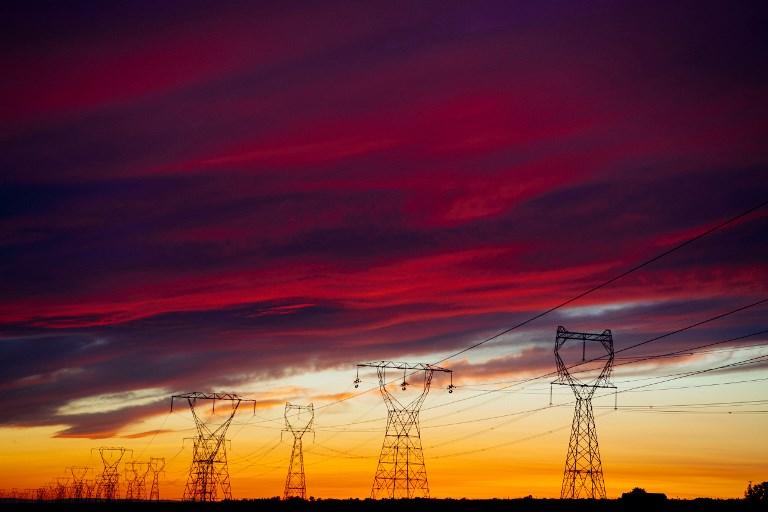 Toma forma batalla constitucional por nueva ley eléctrica de México
