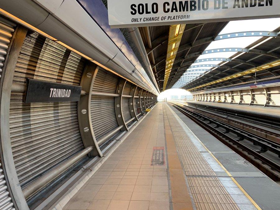 Santiago alista reapertura de últimas estaciones de metro