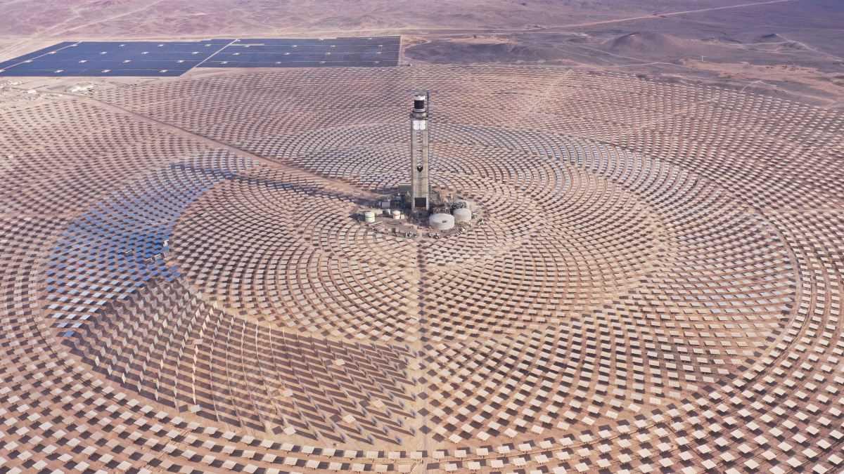 Precio de tecnología de concentración solar alcanza mínimo histórico en licitación chilena