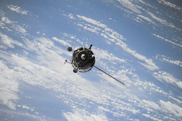Impacto económico de pandemia afecta a empresas de satélites comerciales