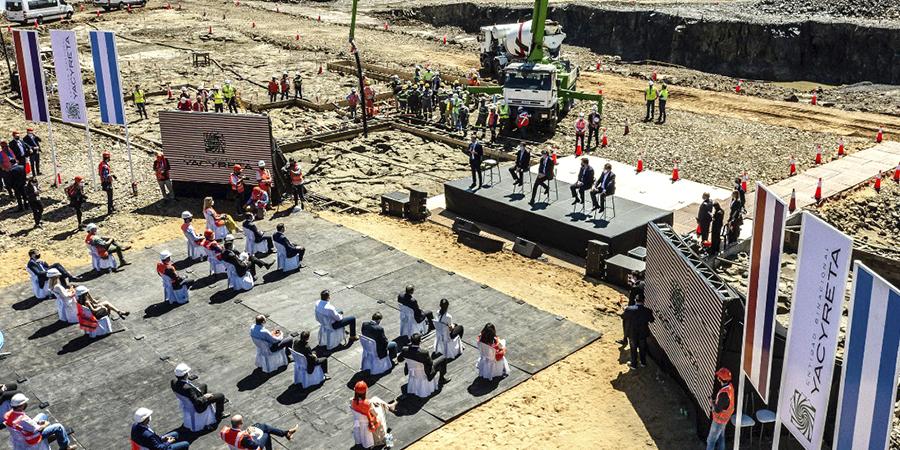 Con la presencia de autoridades nacionales Yacyretá inició el hormigonado de la nueva central Aña Cuá