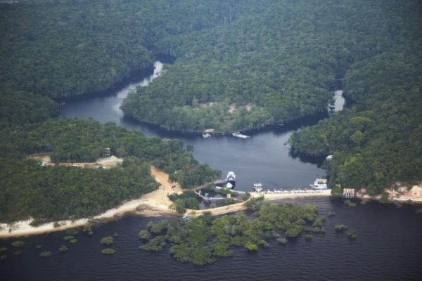 Riego por aspersión es clave para reducir pérdidas de agua en Brasil