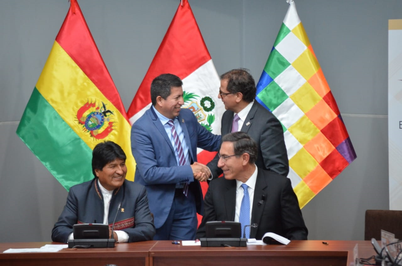 Agreements to build gas networks in Puno, supply of LNG, commercialization of LPG and study for interconnection of gas pipelines South Peru and Bolivia - Ilo