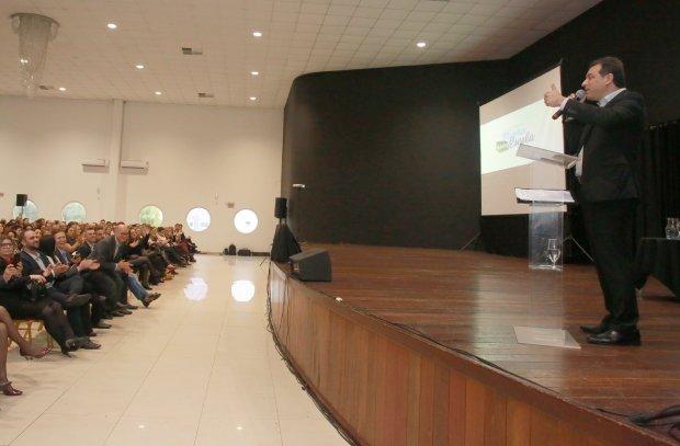 Santa Catarina invertirá US$325mn para mejorar escuelas