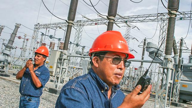 Minem: Producción eléctrica nacional aumentó 4,3% en agosto por mayor demanda de clientes industriales