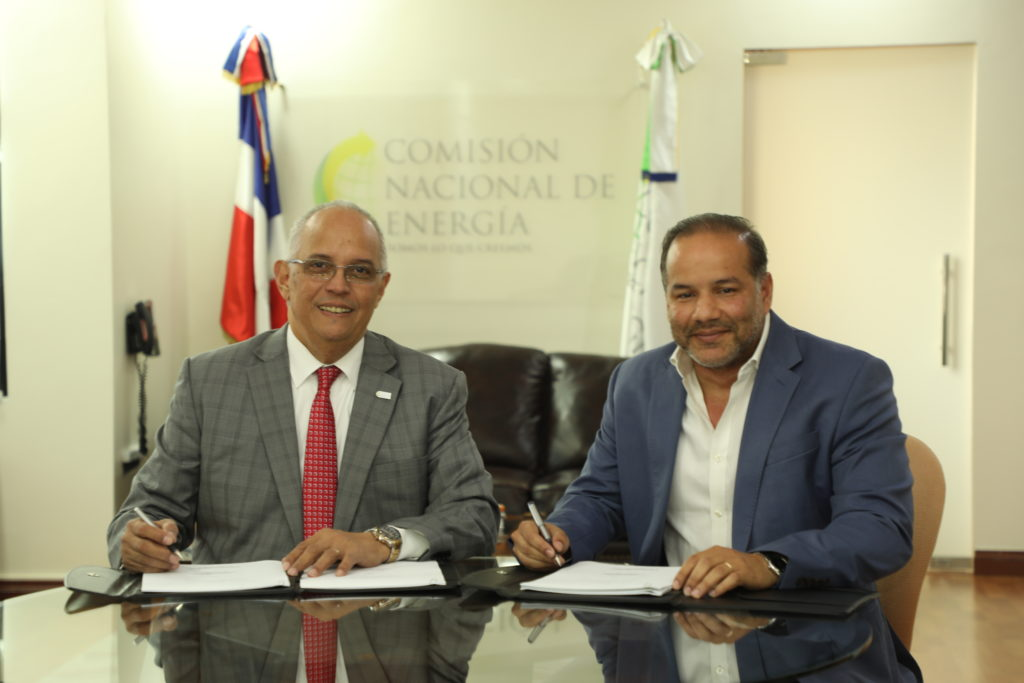 National Energy Commission and Monte Río Power sign contract
