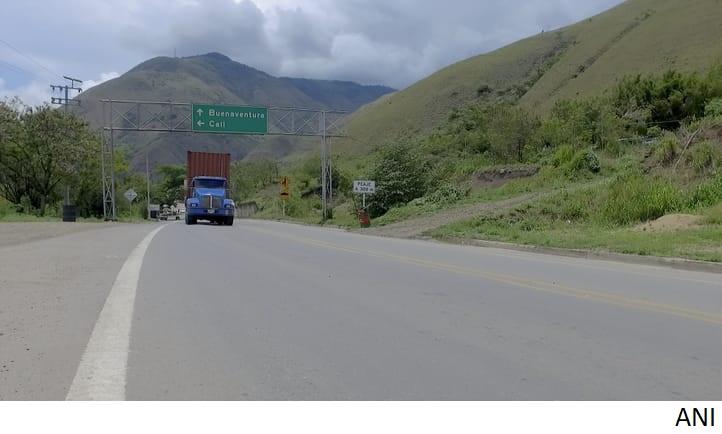 Colombia publica prepliegos para corredor vial de 5G