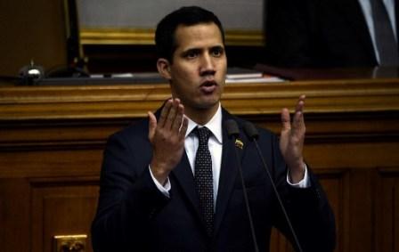 Venezuela inhabilita a Guaidó para ejercer cargos públicos