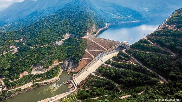 Colombia prepara subasta de energía firme ante incertidumbre sobre Hidroituango