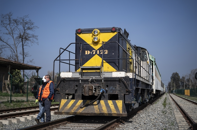 Works on US$1.55bn Chilean rail project formally begin