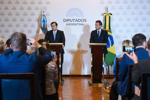Brazil, Argentina representatives meet over trade concerns