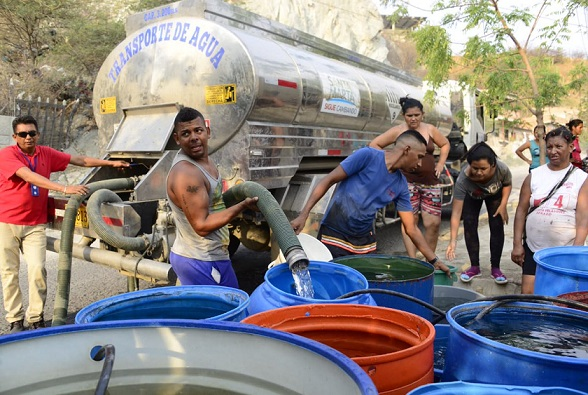 Water crisis in Colombian city worsens amid political feud