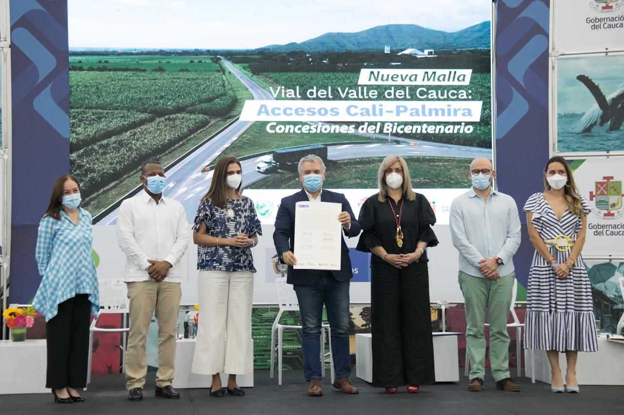 Colombia firma primer contrato de programa de concesiones 5G