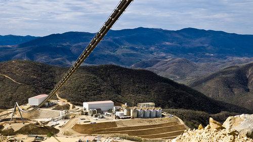 Mineras en México reanudan operaciones tras terremoto