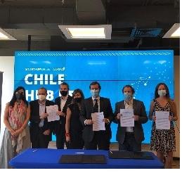Corfo firma acuerdo con principales asociaciones de capital de riesgo del país para potenciar la inversión en startups