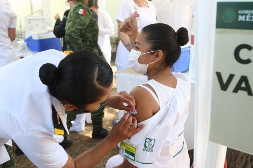 Perú anuncia acuerdos por 52 millones de dosis de vacunas contra COVID-19