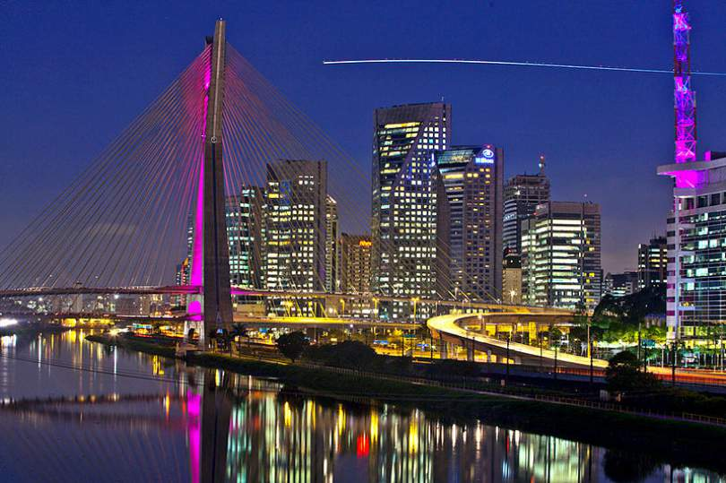 São Paulo será próximo campo de batalla en mercado brasileño de fibra óptica