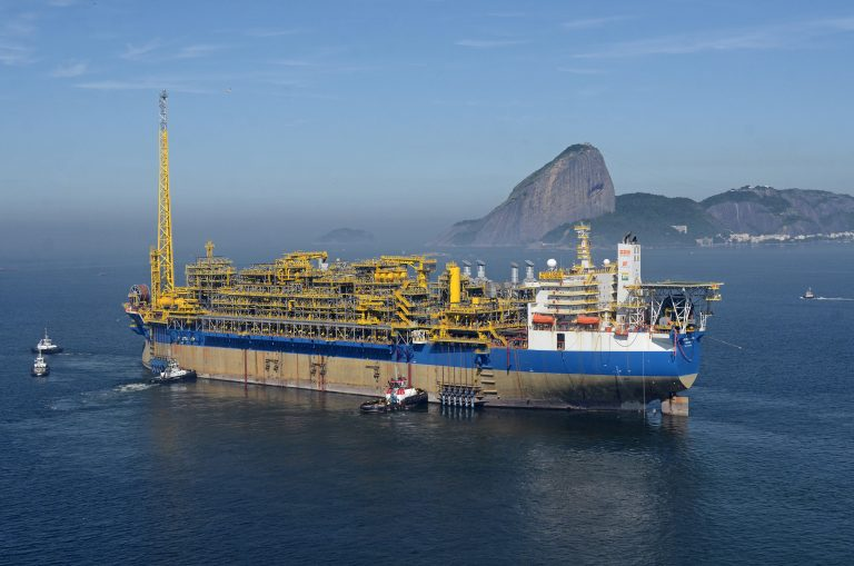 SBM Offshore firma acuerdo con Petrobras