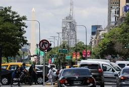 Argentina lanza plan de descuentos para impulsar venta de autos