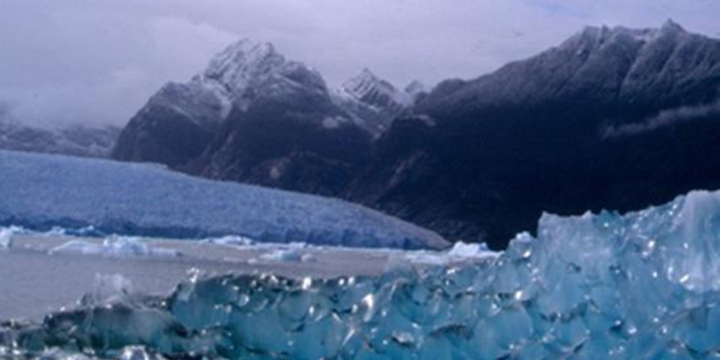 Chile's mining sector steps up opposition to glacier bill
