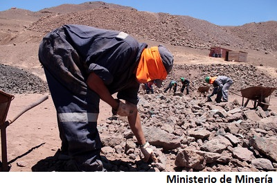 To spur growth, Chile boosts small-scale mining
